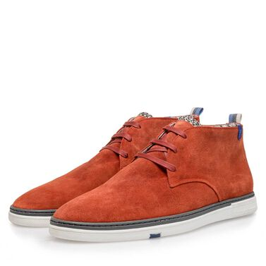 45d16fecba Shoes. Slightly buffed suede leather boot
