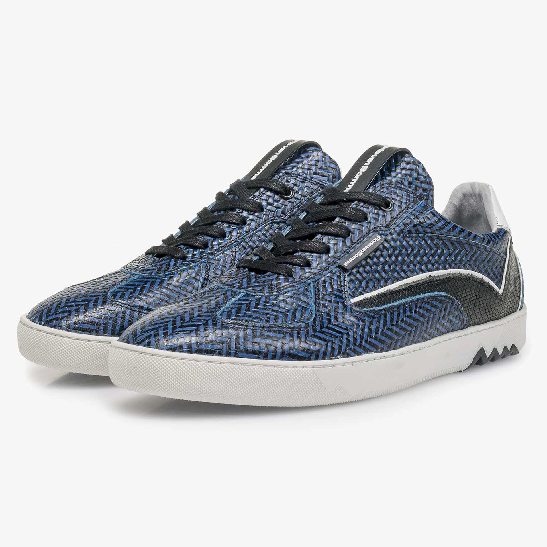 Blue leather sneaker with a herringbone pattern
