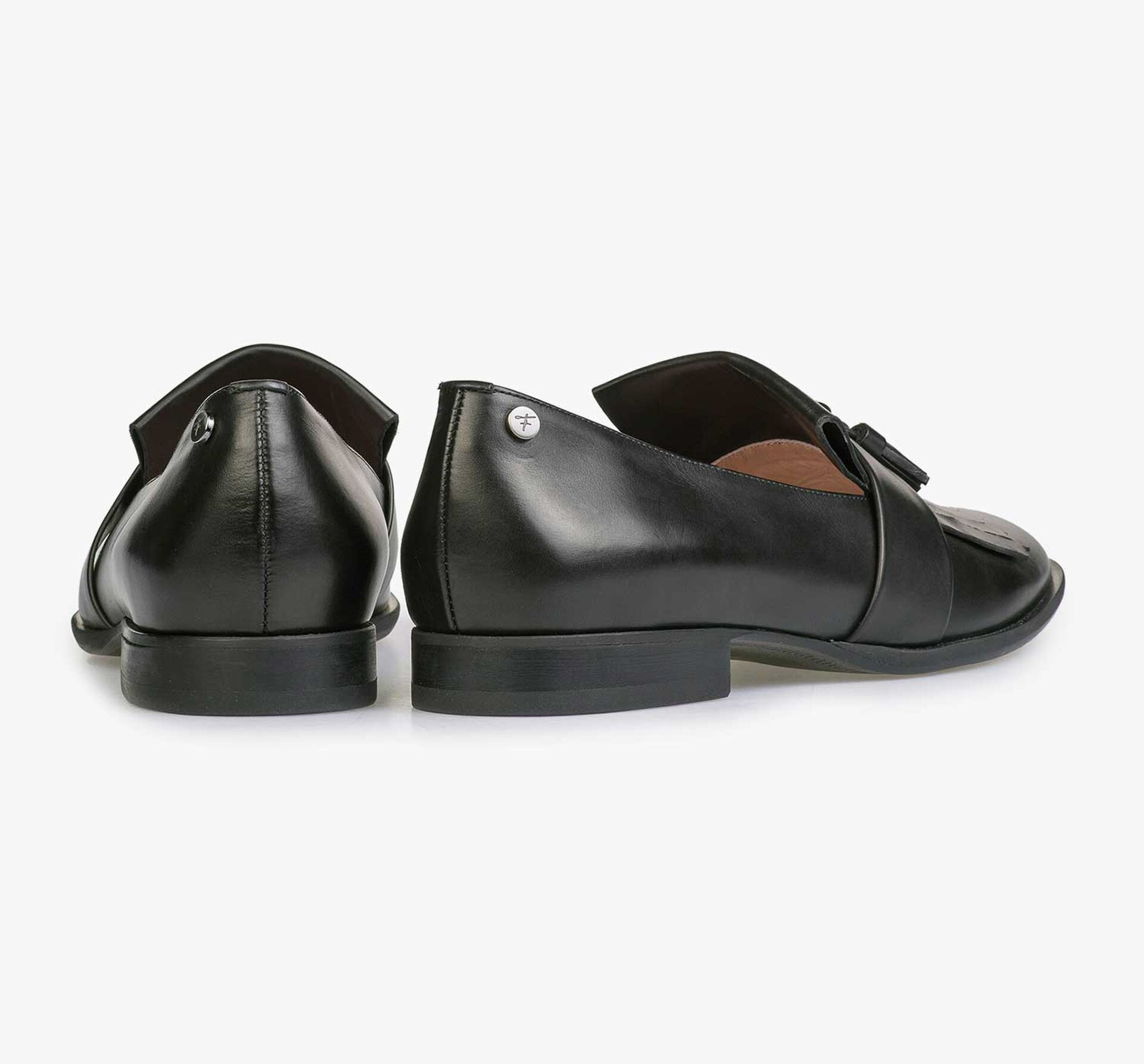 Black shiny calf's leather loafer