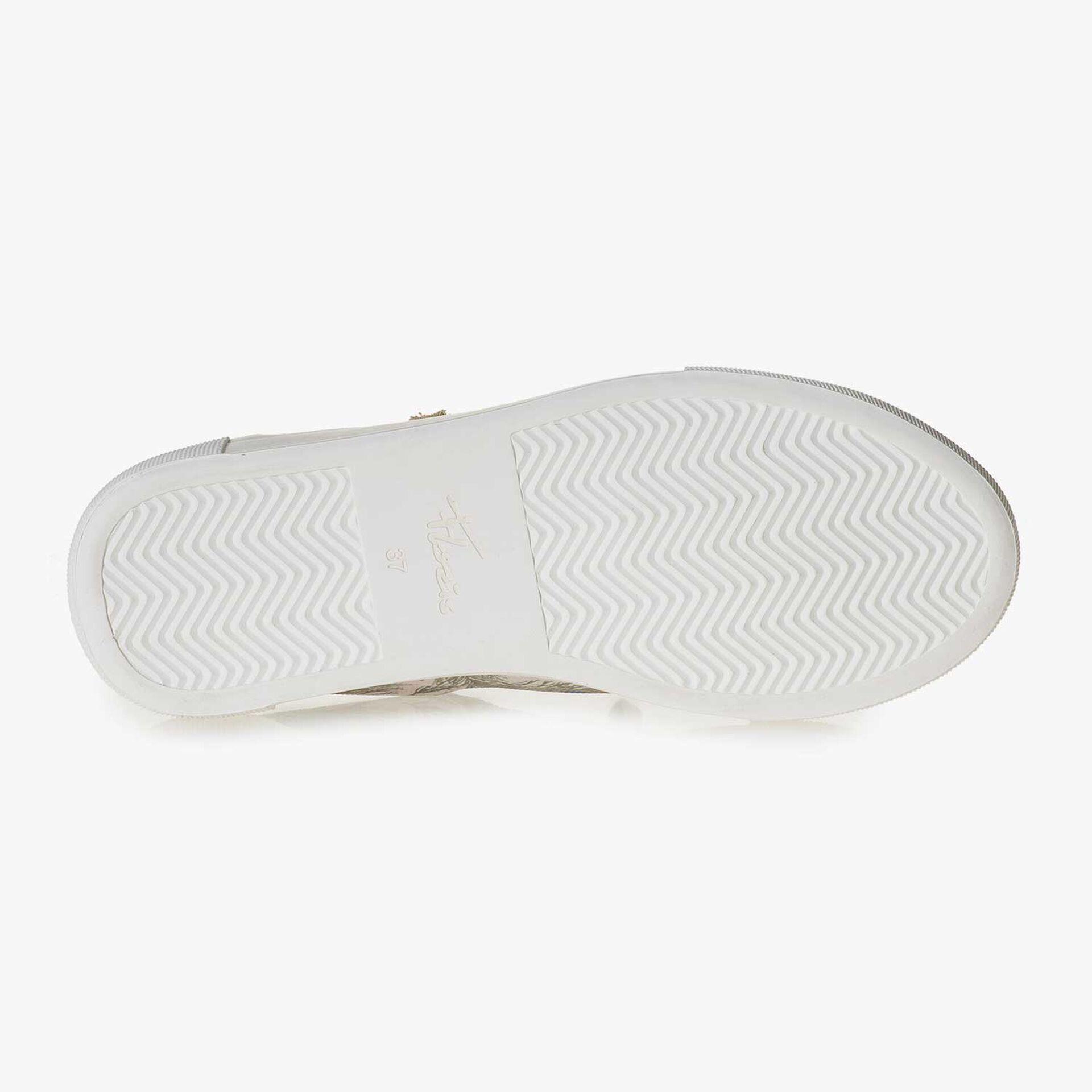 Lichtroze suède sneaker met textiel