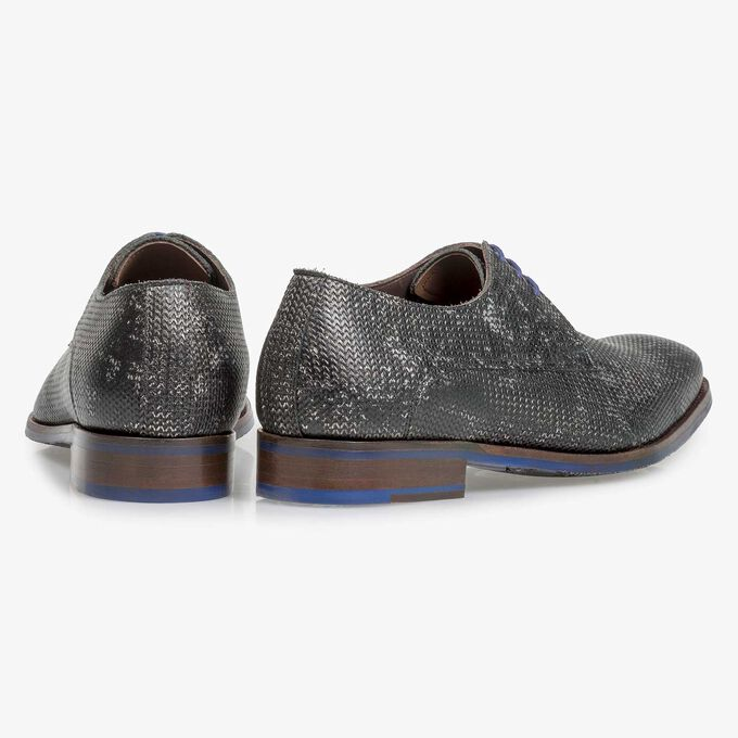 Dark grey leather lace shoe with metallic print