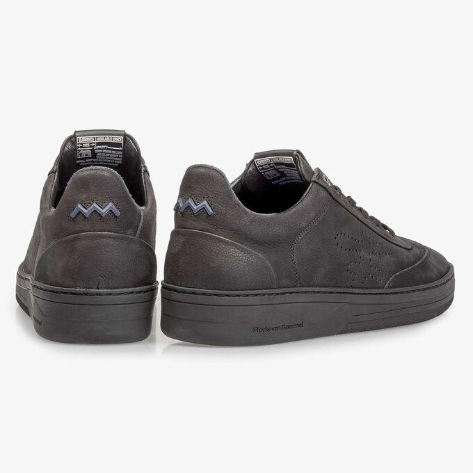 Zwarte nubuckleren sneaker met print