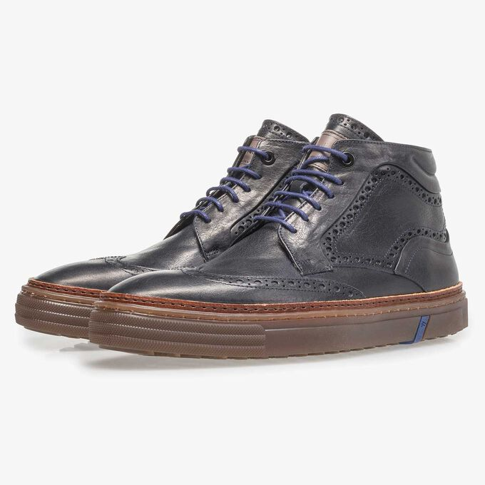 Dark blue calf leather lace boot