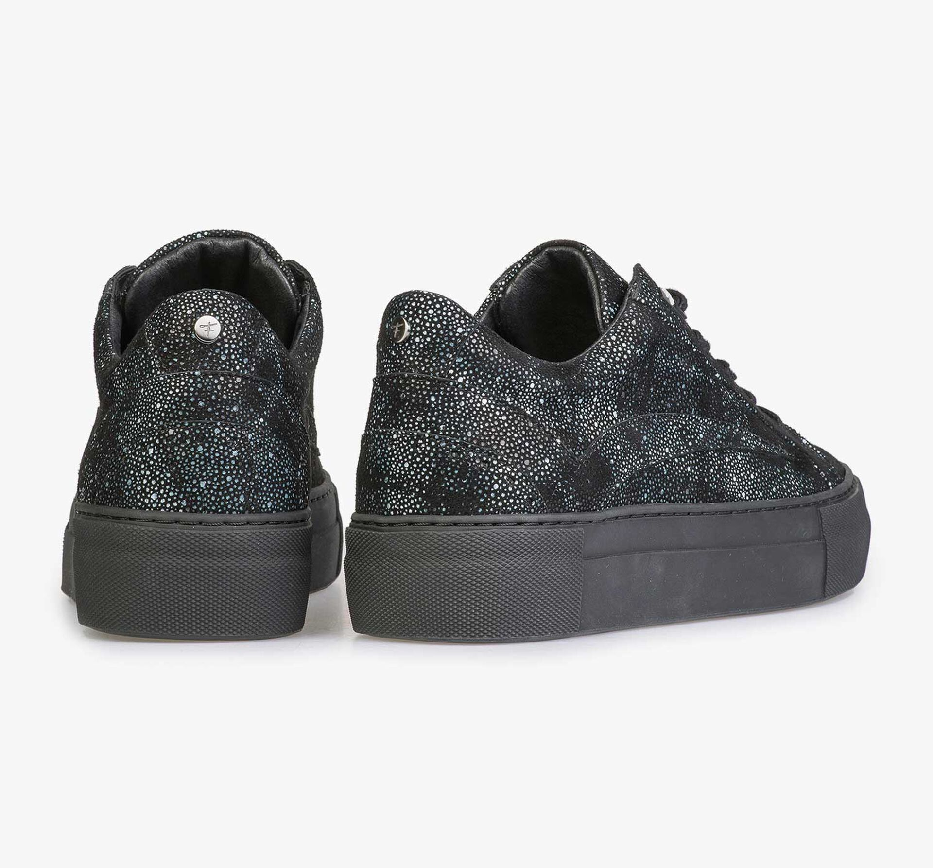 Leather sneaker with black/blue check pattern