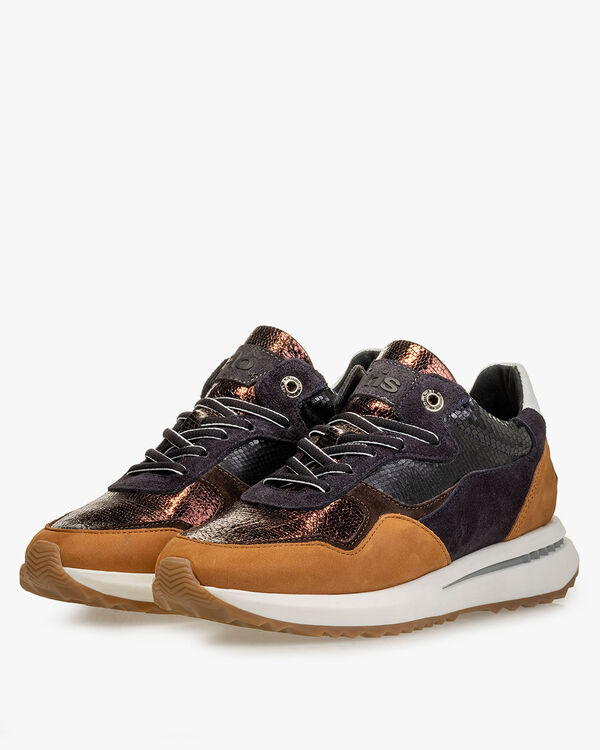 Sneaker metallic print bruin
