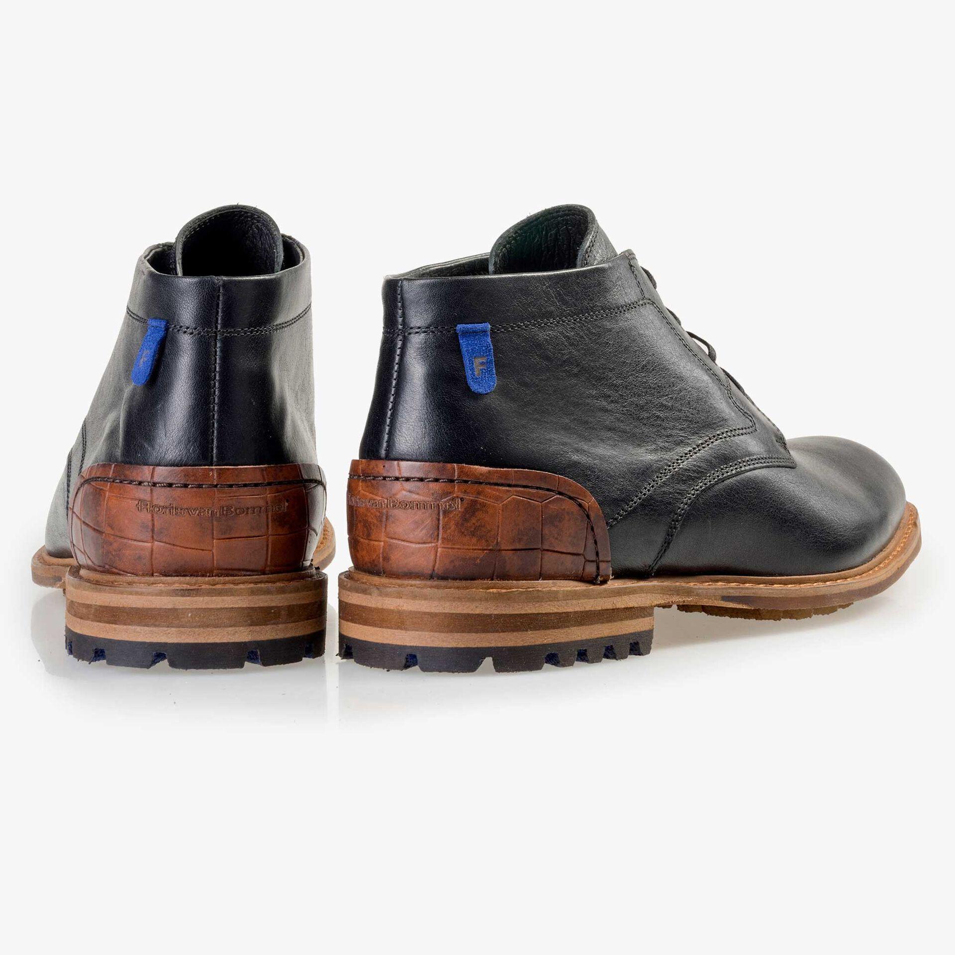 Floris van Bommel men's black leather lace boot