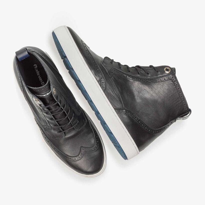 Zwarte halfhoge nappaleren sneaker
