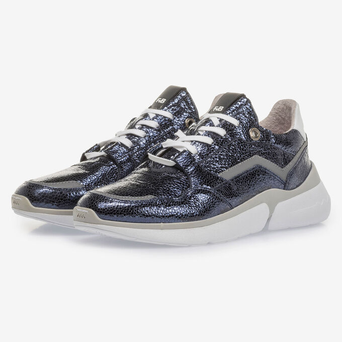 Dark blue leather sneaker with metallic print