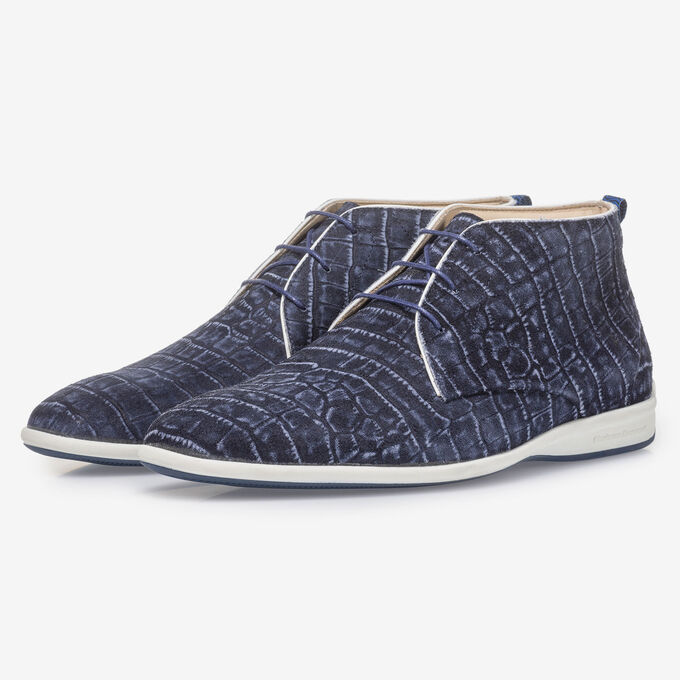Blue lace boot with croco print