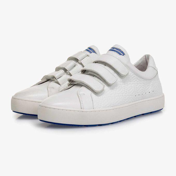Velcro sneaker