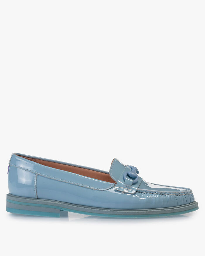 Loafer patent leather light blue