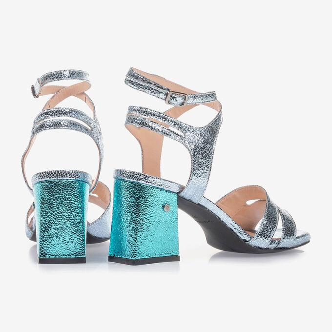 Lichtblauwe sandalette met metallicprint