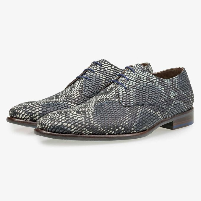 Grey calf leather lace shoe with a snake print