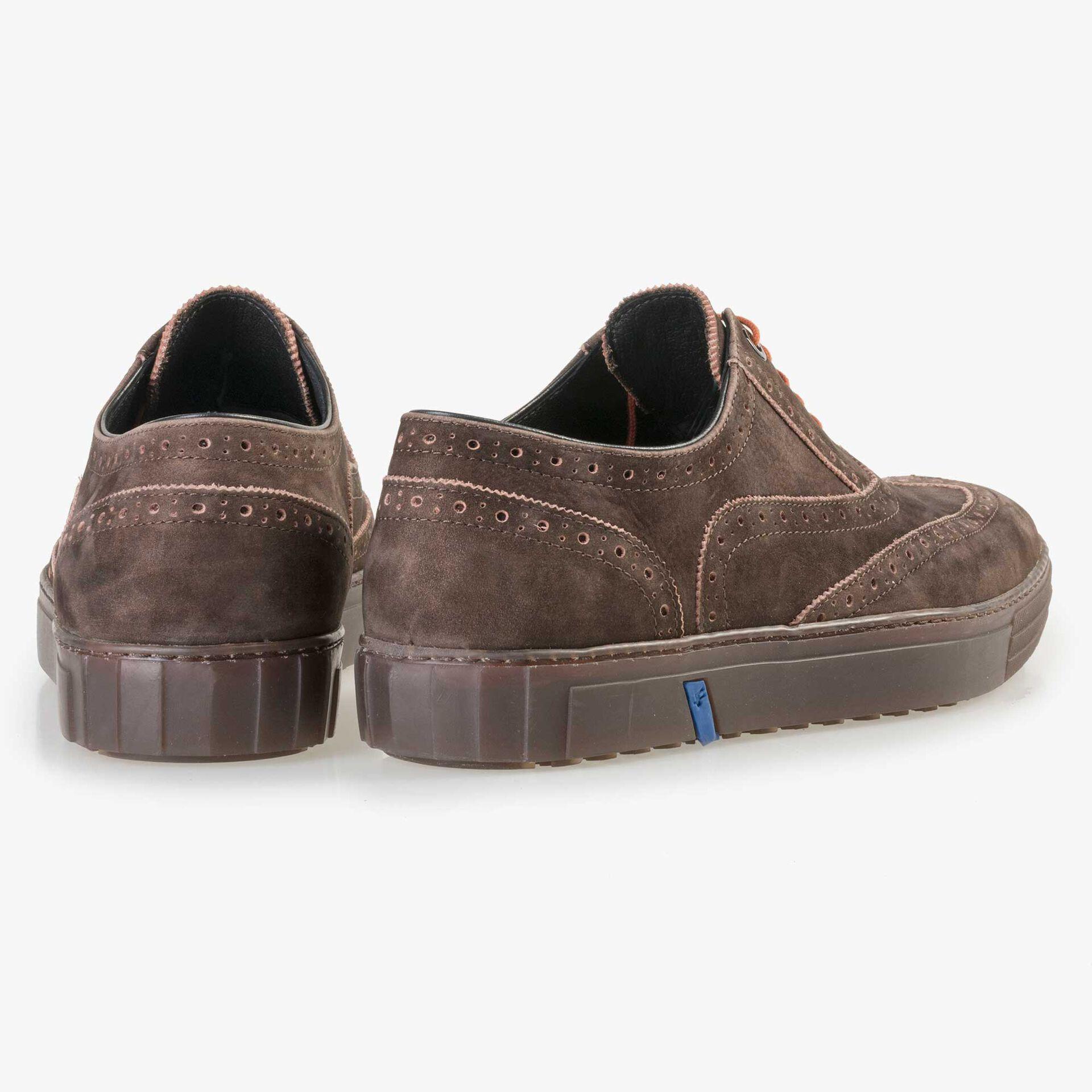 Floris van Bommel bruine nubuckleren heren brogue sneaker
