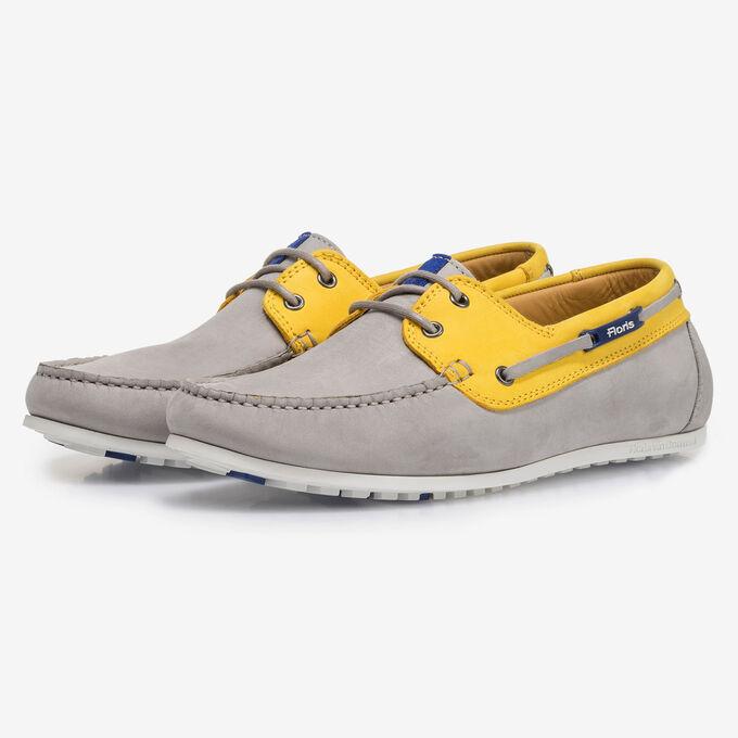 Grijs/gele nubuckleren bootschoen