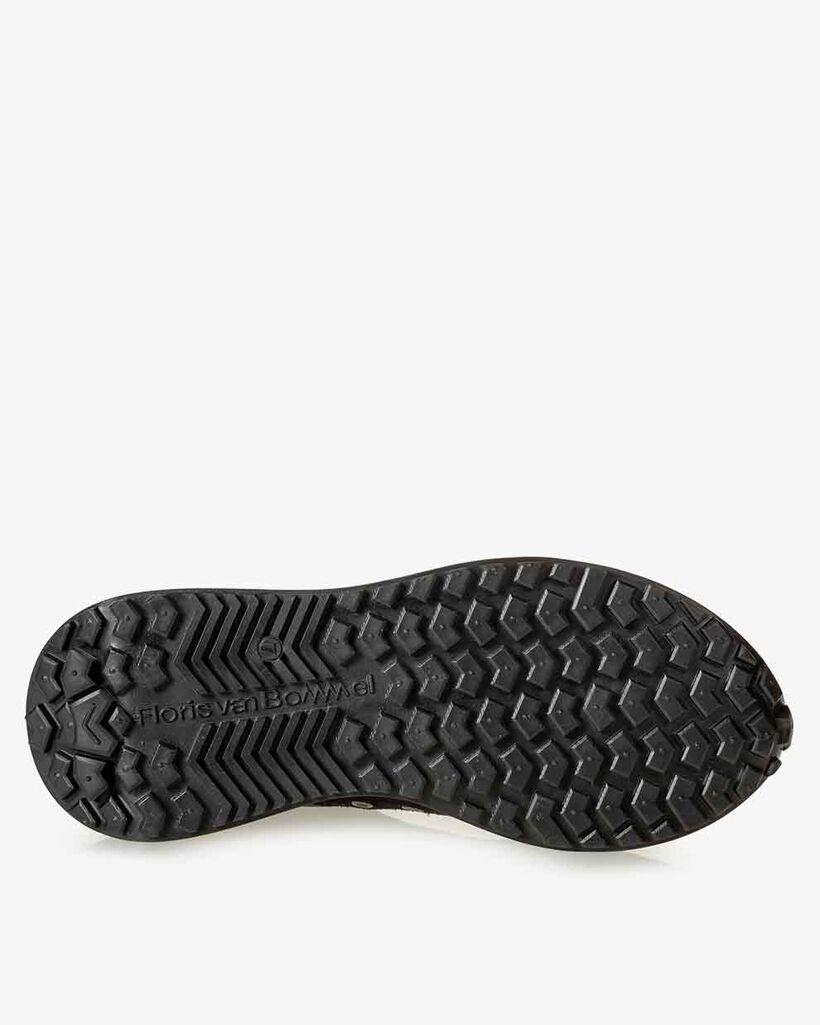 Sneaker space invaders zwart