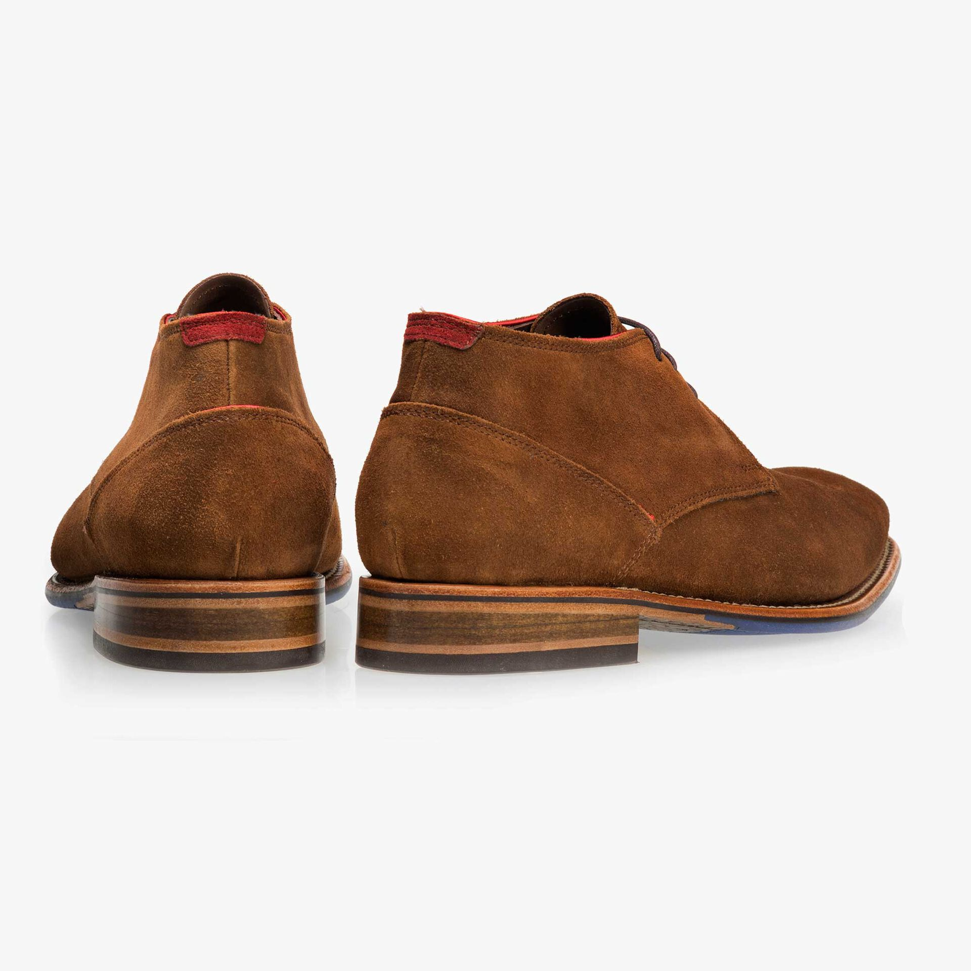 Brown mid-high suede leather lace boot