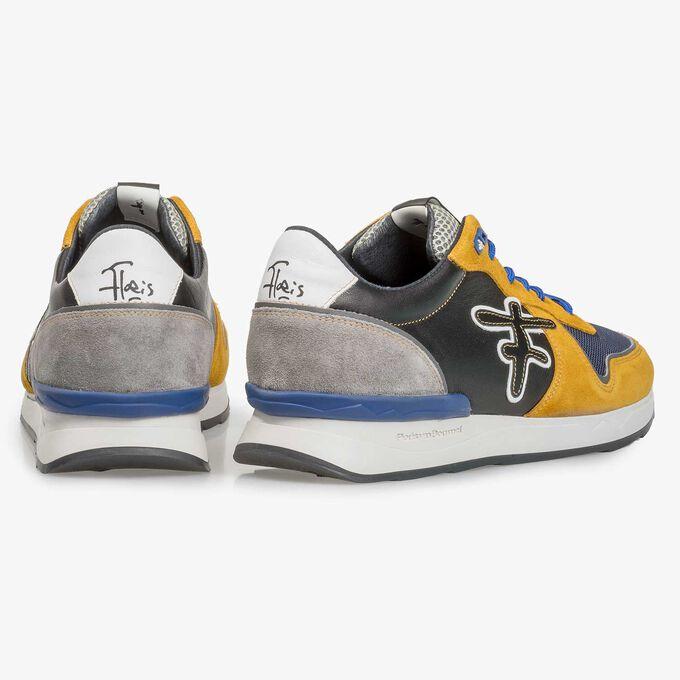 Multi-color suède sneaker