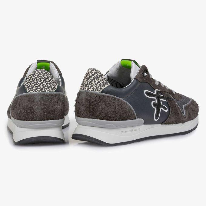 Dark grey calf leather sneaker