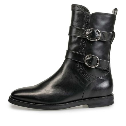Mid-high calf's leather boot