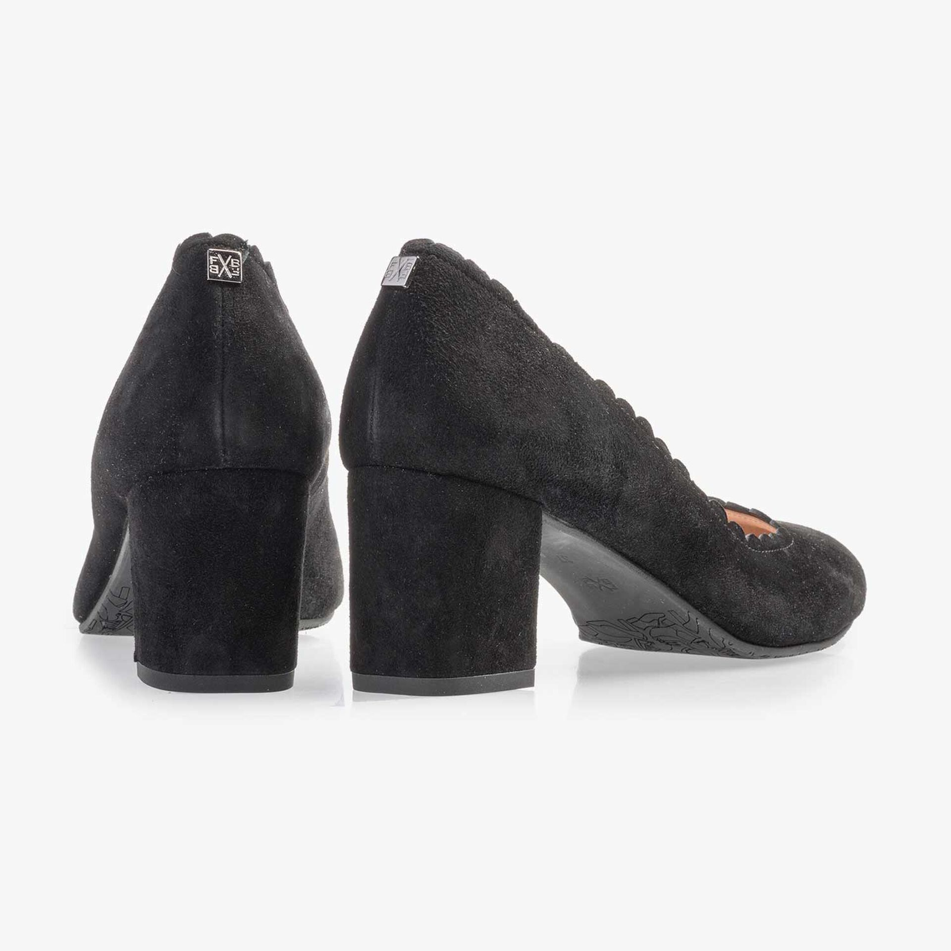 Black suede leather pumps