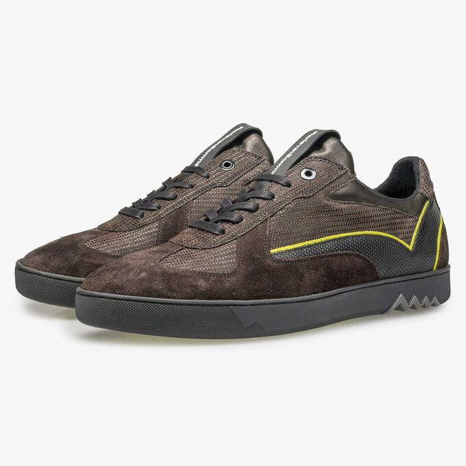 Dark brown suede sneaker with pattern