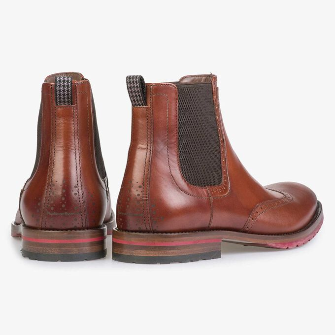 Dark cognac-coloured calf's leather Chelsea boot