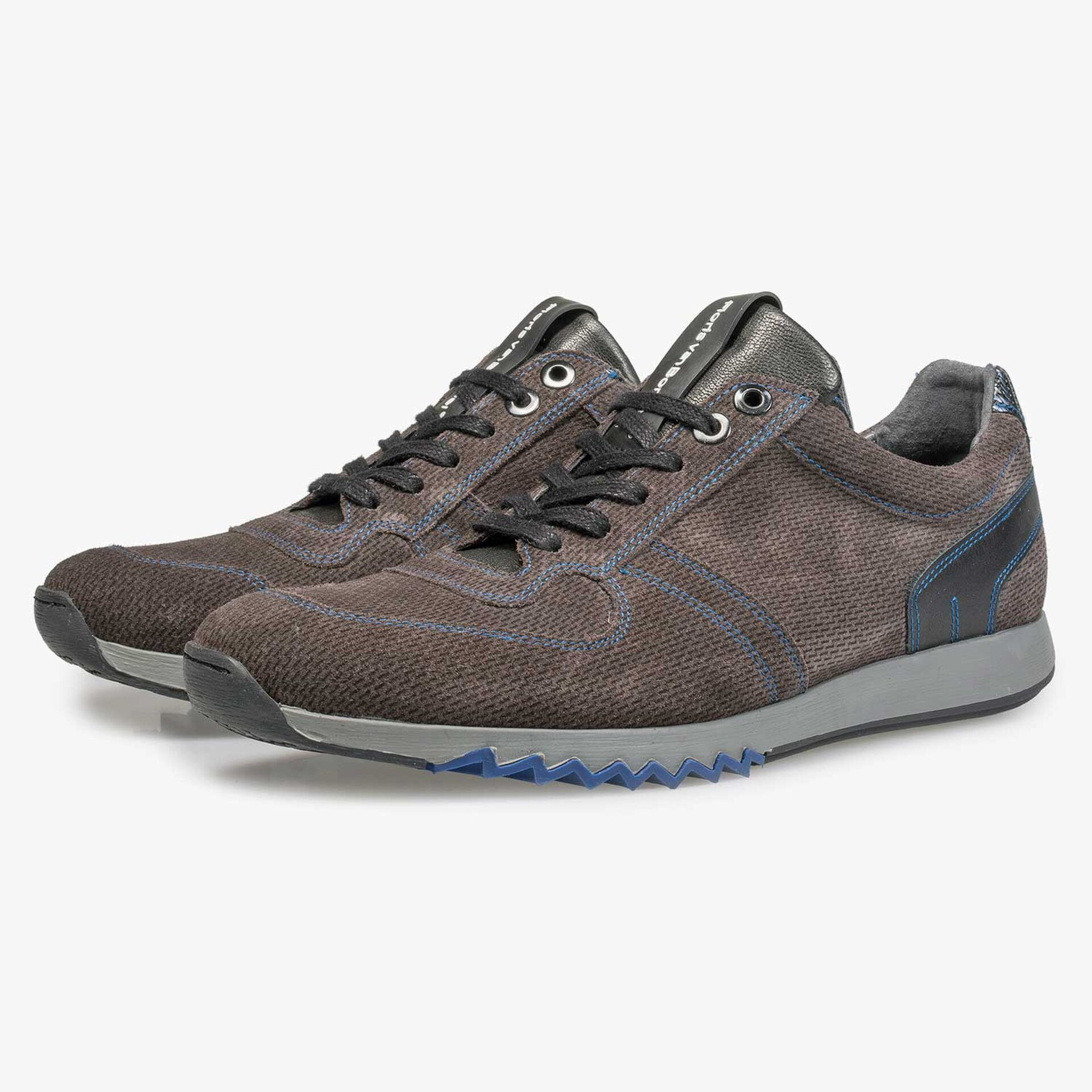 Grey-brown sneaker with cobalt blue details