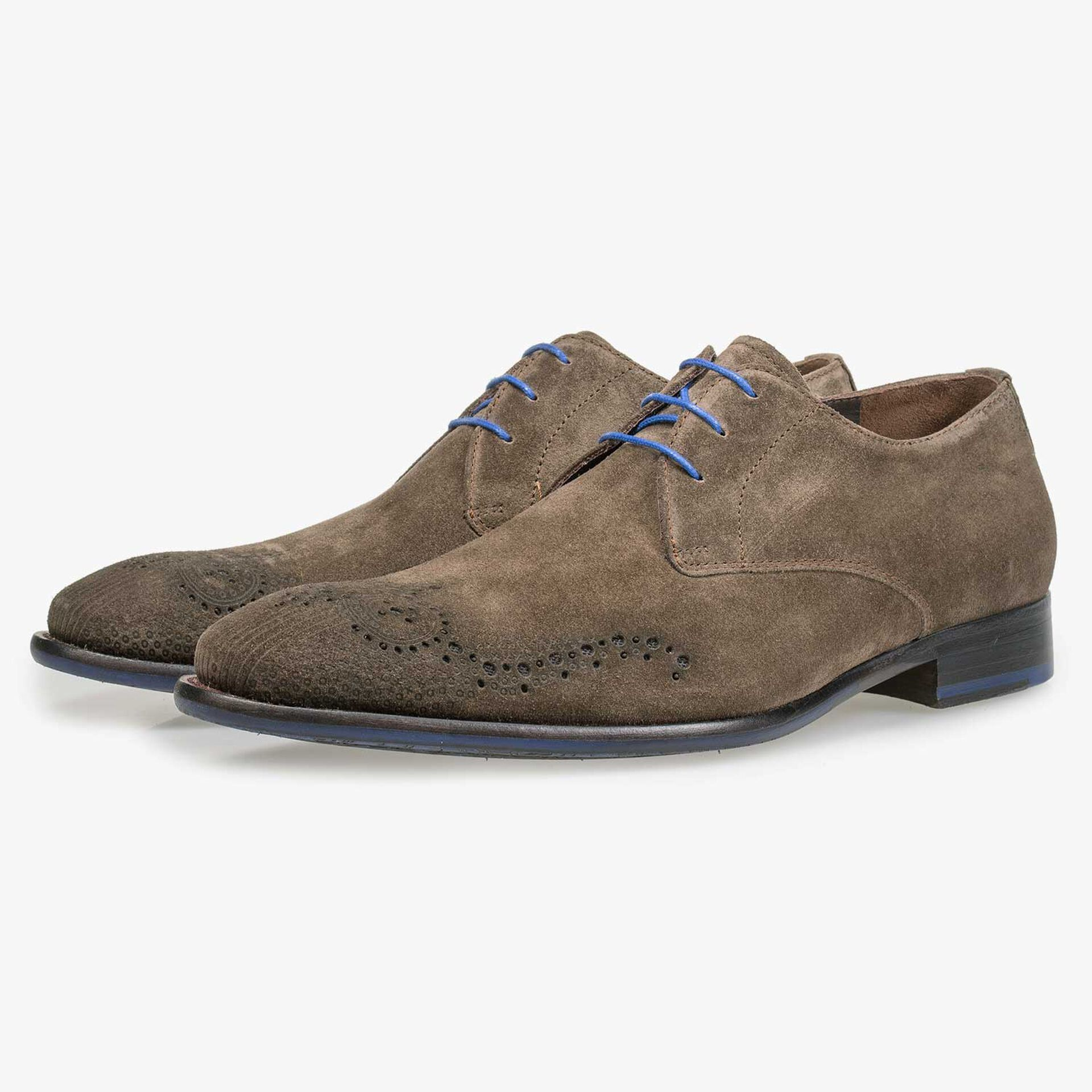Suede leather lace shoe with brogue details taupe