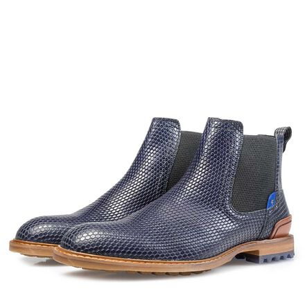 Leather Chelsea boot with profile sole