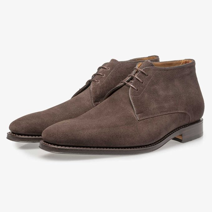Dark brown waxed suede leather lace shoe