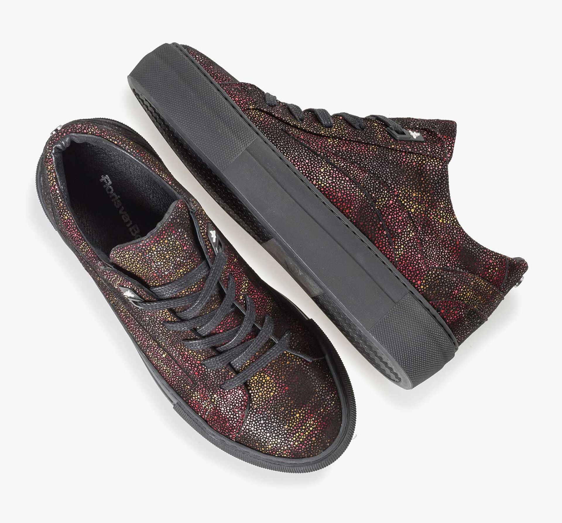 Leather sneaker with red check pattern