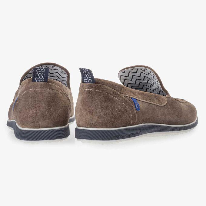 Suède loafer taupe met flosjes