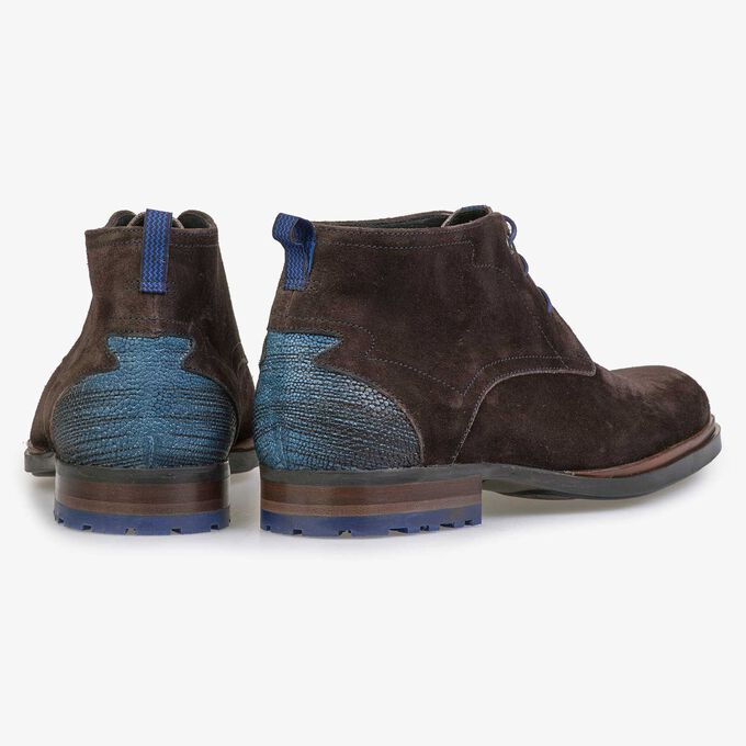 Dark brown calf's suede leather lace boot