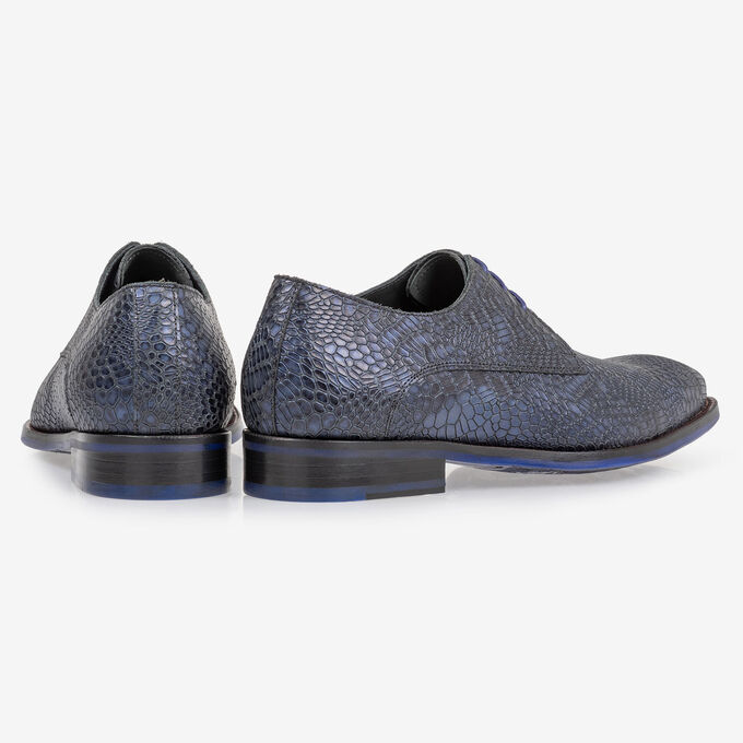 Lace shoe metallic blue