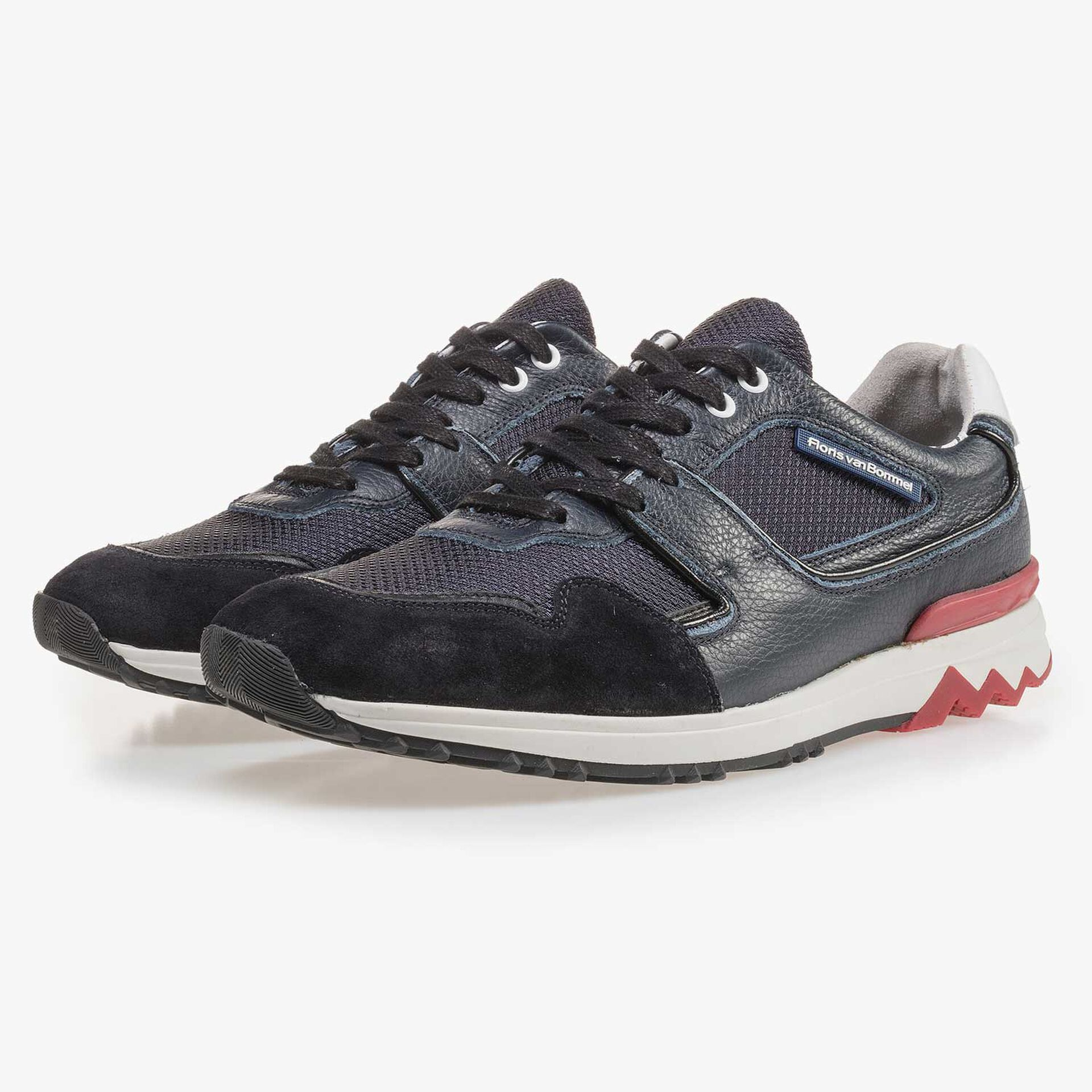 Dark blue calf's leather sneaker