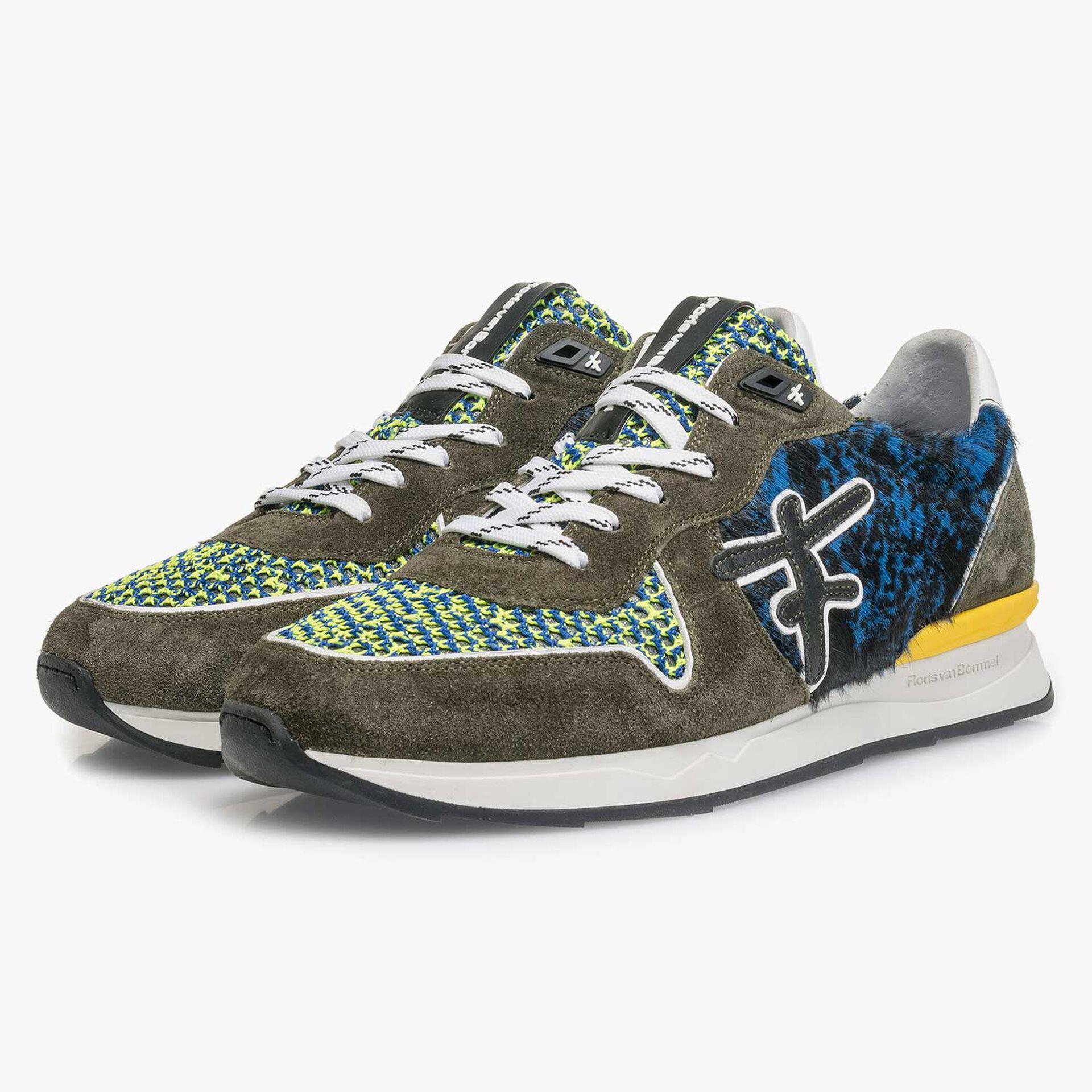 Premium groene suède sneaker met gekleurde accenten