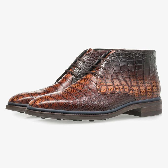 Premium cognac-coloured croco leather lace shoe