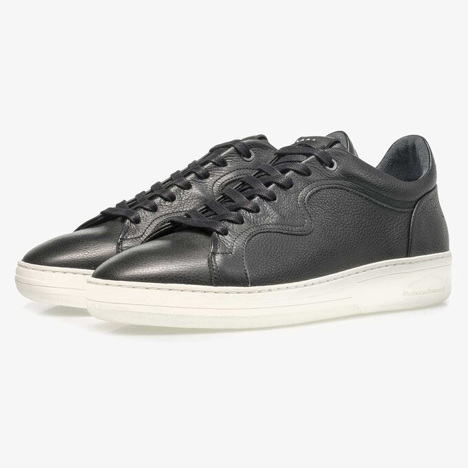 Black calf leather sneaker