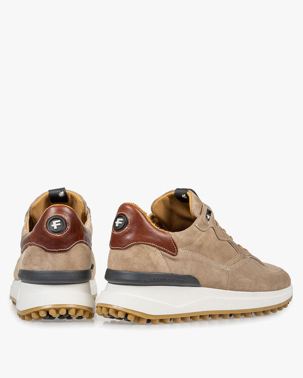 Beige suède sneaker