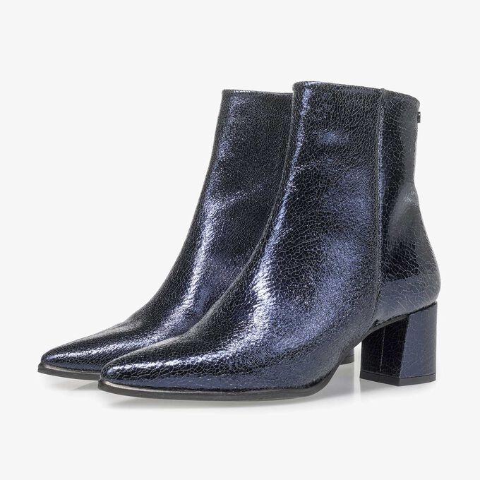 Ankle boot with Sachetto manufacturing