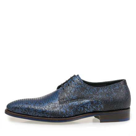 Black premium lace shoe with metallic print
