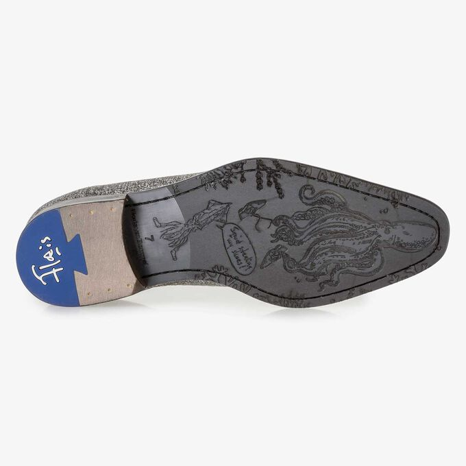 Grey leather lace shoe with white print
