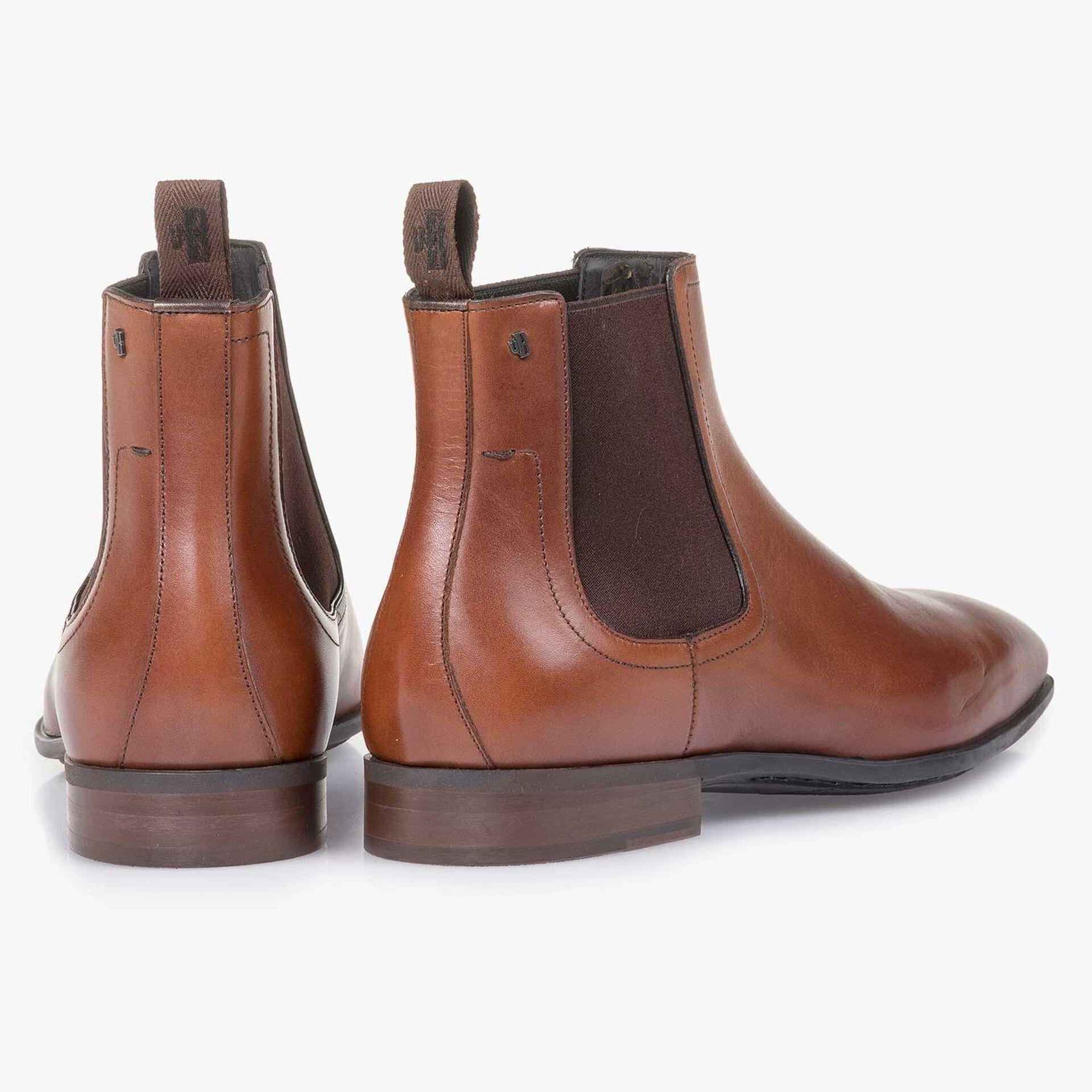 Cognac-coloured calf leather Chelsea boot