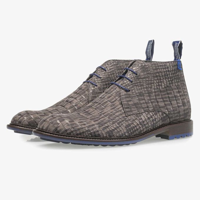 Dark grey nubuck leather lace shoe with croco print