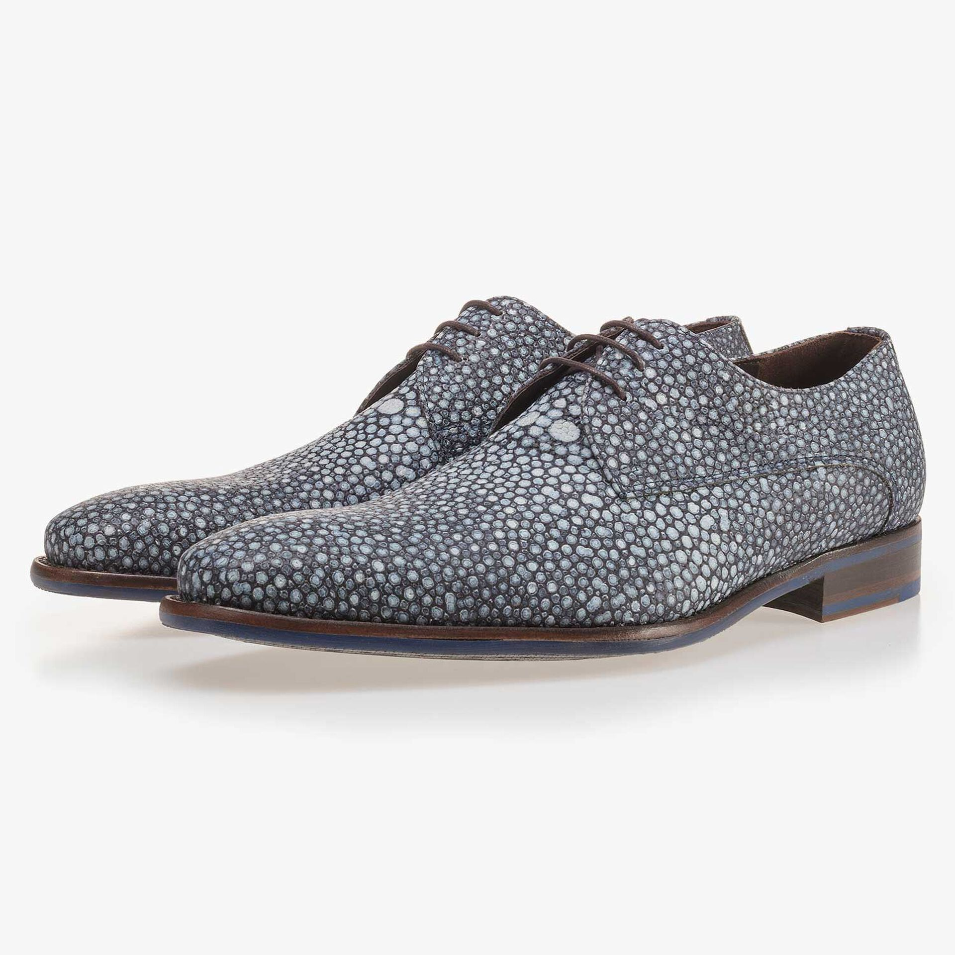 Blue, patterned calf's leather lace shoe