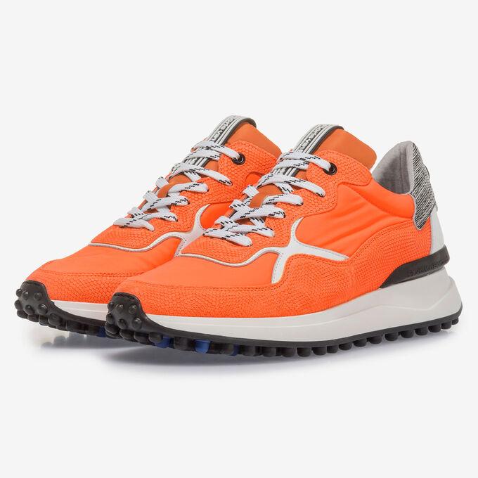 Premium orange sneaker with print