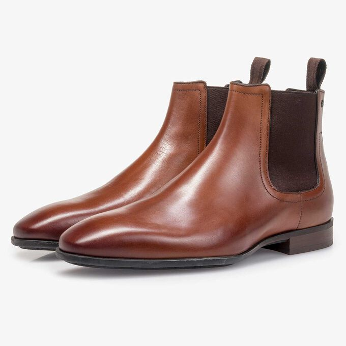 Cognac-coloured calf leather Chelsea boot