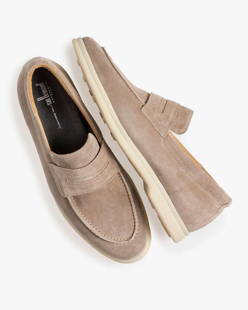 Beige suède loafer
