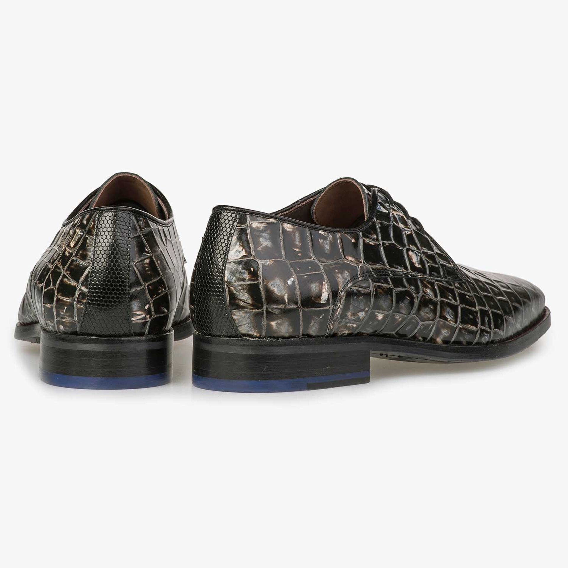 Grey-black leather lace shoe with croco print